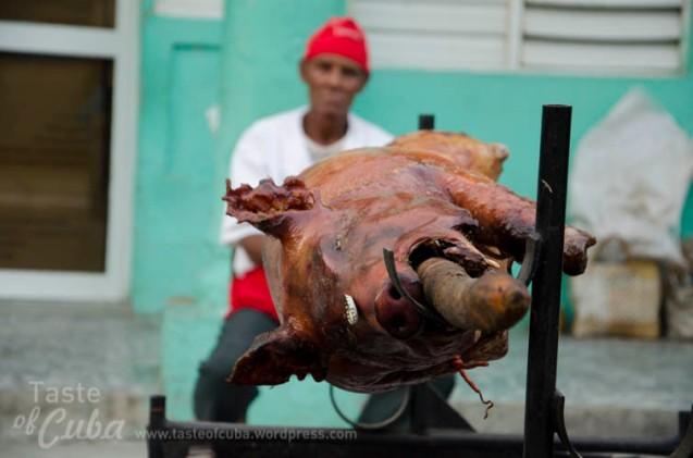 Roast pork / Lechón asado