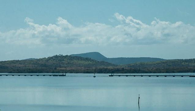 Cuba-US sea border at Caimanera in Guantánamo./ Frontera marítima entre Cuba y Estados Unidos en Caimanera, Guantánamo.