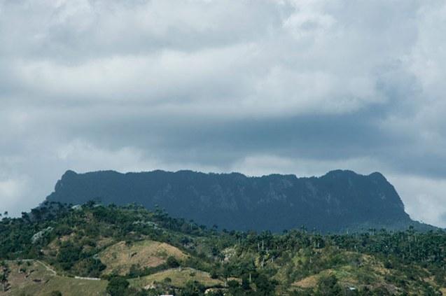 Baracoa´s Anvil, / Yunque de Baracoa