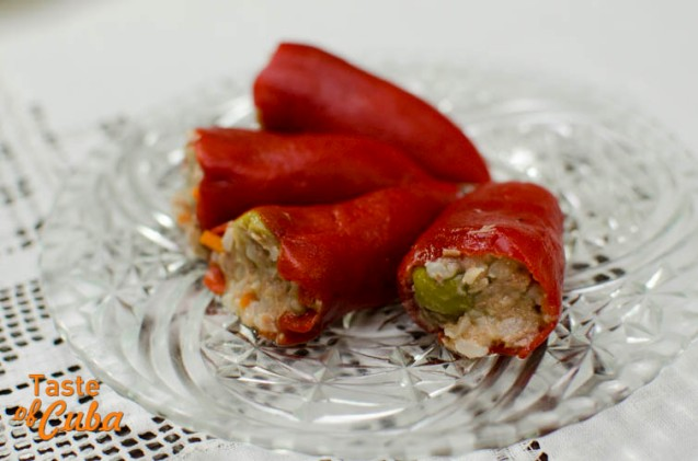 Peppers stuffed with basmati rice, tuna and olives
